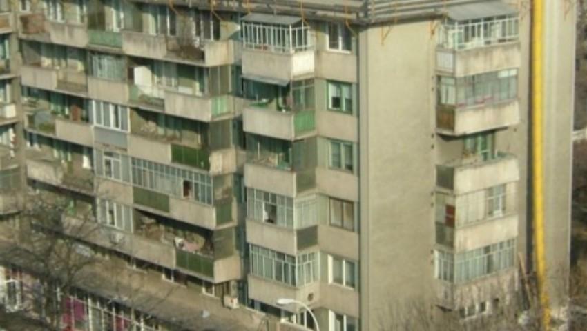 Foto: O butelie de gaz a explodat într-un bloc din Drobeta Turnu Severin