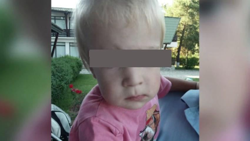Caz șocant. Un băiețel de doi ani a decedat după o operație de hernie inghinală