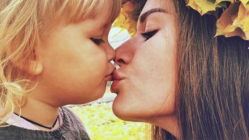 """Foto: ,,Educația băieților: multe mame întrec măsura…"""""""