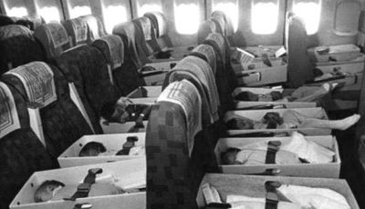 Au așezat 300 de nou-născuți și copii, în cutii mici de carton, și i-au urcat într-un avion
