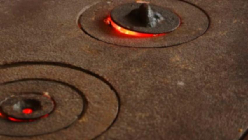 Foto: O minoră a aprins focul în sobă cu benzină. Oamenii legii au lansat un avertisment!