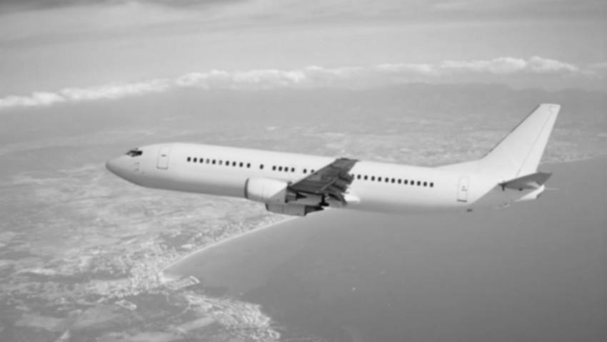 Foto: Un avion cu 189 de pasageri s-a prăbușit în mare. Nu există supraviețuitori