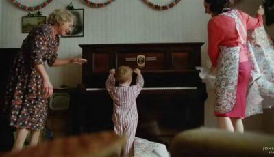 Video! A apărut cea mai emoționantă reclamă de Crăciun, care oglindește viața lui Elton John