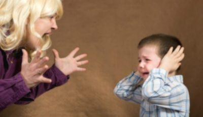 """,,Niciodată, auziți, niciodată să nu țipați la copii"""". Iată de ce!"""