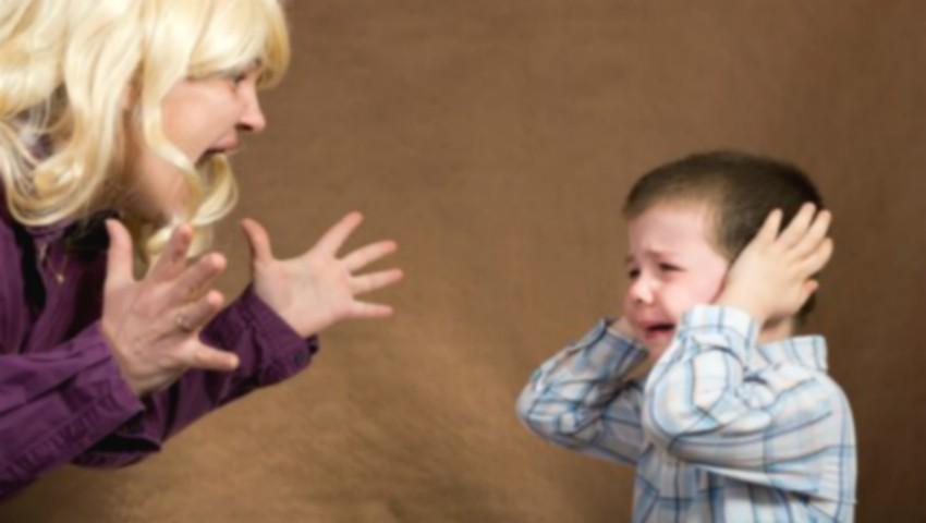 """Foto: ,,Niciodată, auziți, niciodată să nu țipați la copii"""". Iată de ce!"""
