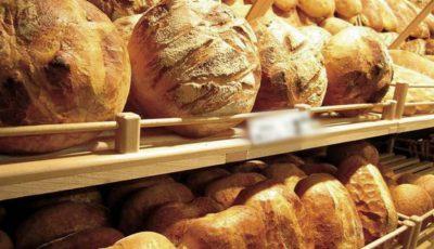 Italienii îi învață pe moldoveni cum să coacă pâine