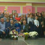 Foto: Bunicuța din Lozova care a sărbătorit 100 de ani, alături de copii și stră-strănepoți sosiți din diferite țări ale lumii