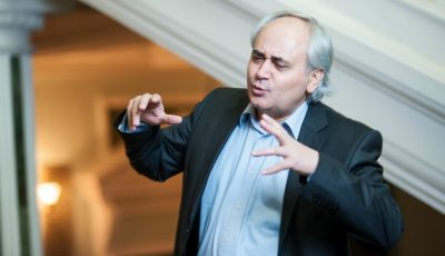 """Actorul şi regizorul Petru Hadârcă a fost decorat de Klaus Iohannis cu Ordinul """"Meritul Cultural""""!"""