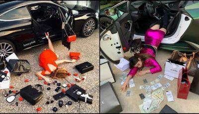 Mai multe imagini cu tinere cad din mașină, cu conținutul poșetei împrăștiat pe jos. Ce se întâmplă?