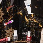 Foto: Un Advent Calendar cu 24 de produse de frumusețe îți aduce în fiecare zi până la Crăciun un cadou-surpriză!