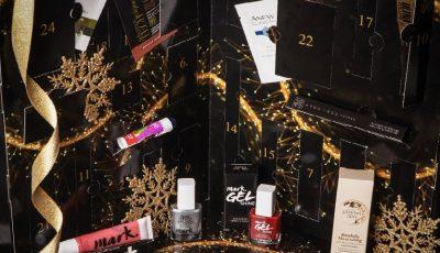 Un Advent Calendar cu 24 de produse de frumusețe îți aduce în fiecare zi până la Crăciun un cadou-surpriză!