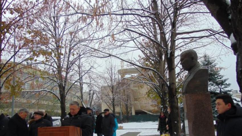 Șase noi busturi au fost înălțate pe Aleea Savanților și Medicilor iluștri, din Chișinău