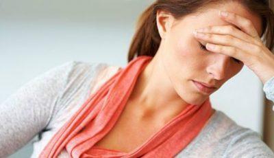 Trei pericole la care te expui fără să ştii în timpul menstruaţiei