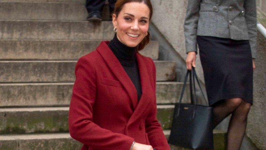 Foto: Kate Middleton, în fustă mini la un eveniment recent