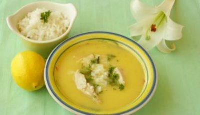 Supă grecească de pui cu lămâie! O rețetă care te încălzește în zielele răcoroase