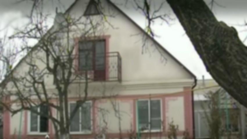 Foto: Un om de afaceri din Vulcănești a fost împușcat în curtea casei