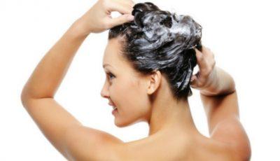 Ai știut? De ce să folosești balsamul de păr înaintea șamponului