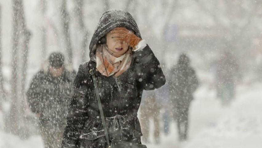 Foto: Minus 21 de grade în prima zi de iarnă! Unde e frigul record