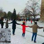 """Foto: Video spectaculos! Sorocenii au încins """"Hora Unirii"""" în jurul Cetății Soroca"""