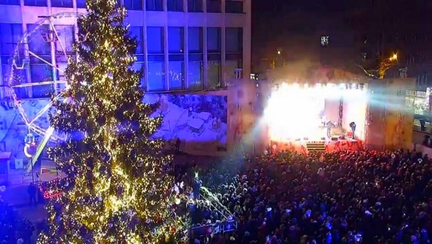 În Capitală a fost inaugurat Târgul de Crăciun. Poze