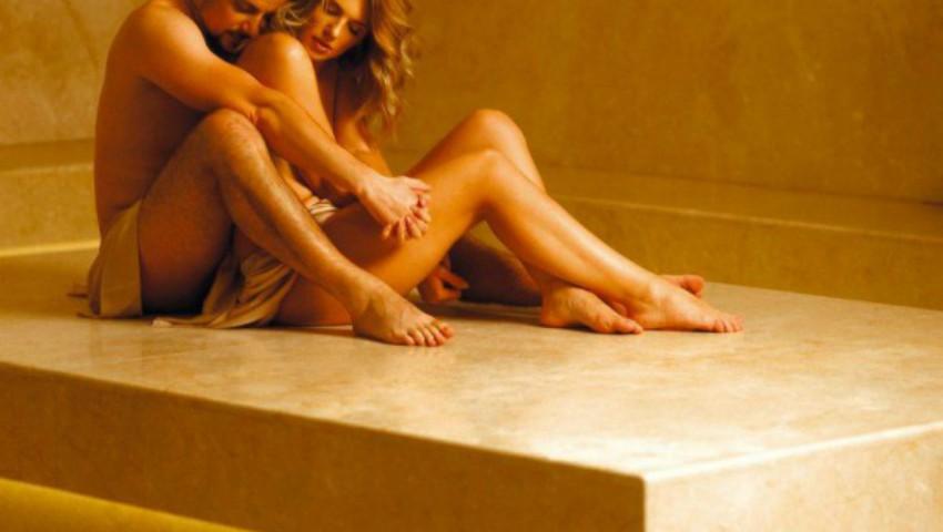 Foto: Soții Manciu au dat curs unei provocări de senzație, acceptând să pozeze nud. Imaginile îți taie respirația!