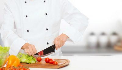 """Bucătarii din grădinițe sunt invitați la atelierul """"Alimentaţia – o poartă deschisă spre sănătatea copiilor"""""""