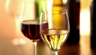 Cum să alegi paharele de vin în funcție de culoare și aromă