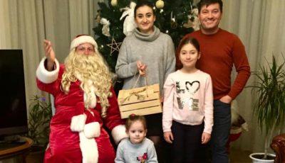 Momente frumoase de Crăciun, în familia Corinei Țepeș și a lui Costi Burlacu