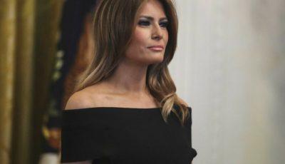 Melania Trump, într-o rochie complet albă, la Balul Congresului SUA
