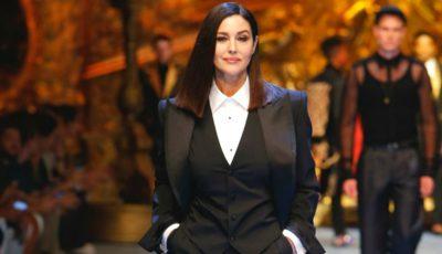 Monica Bellucci a dat lovitura! Actrița a fost surprinsă la brațul iubitului mai tânăr cu 18 ani