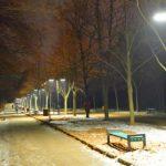 """Foto: Parcul """"Valea Trandafirilor"""", iluminat pe timp de noapte! Foto"""