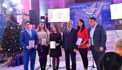 """USMF """"Nicolae Testemițanu"""" a premiat cei mai buni studenți ai anului 2018! Iată cine sunt ei"""