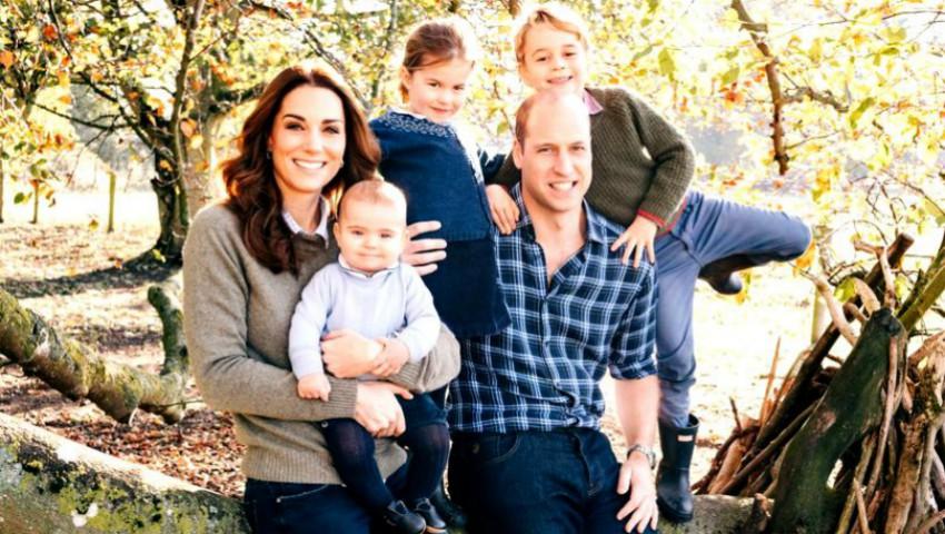 Foto: Palatul Kensington a publicat felicitările de Crăciun. Cum apar în poze familiile lui William și Harry?
