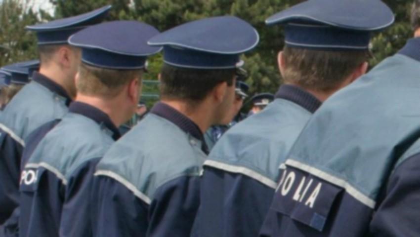 Foto: Un polițist din Taraclia a devenit erou după ce a salvat doi oameni de la înec