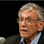 Foto: S-a stins din viață celebrul scriitor israelian Amos Oz