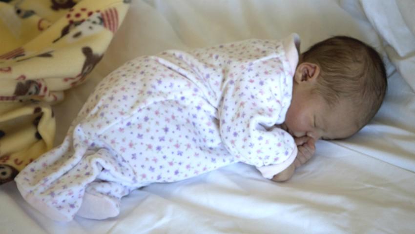 Un bebeluș din Cimișlia s-a născut acasă