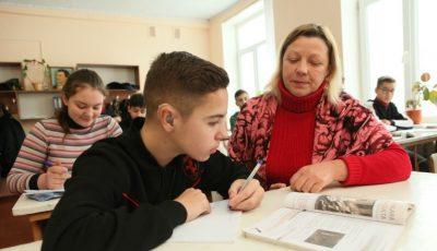 Despre educația incluzivă: află istoria de succes a unui elev din Drochia, căruia mersul la o școală din comunitate i-a schimbat radical viața