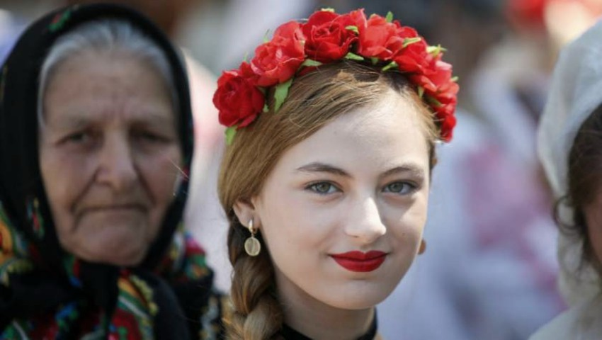 Foto: Tradiții și superstiții de Sfântul Andrei: ce pot face fetele de măritat pentru a afla cine le va fi ursitul