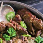 Foto: Un prânz delicios – ficăței cu ceapă și ardei gras