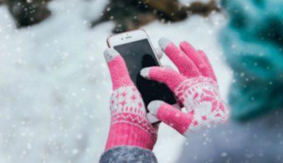 De ce ți se descarcă așa repede telefonul când afară e frig