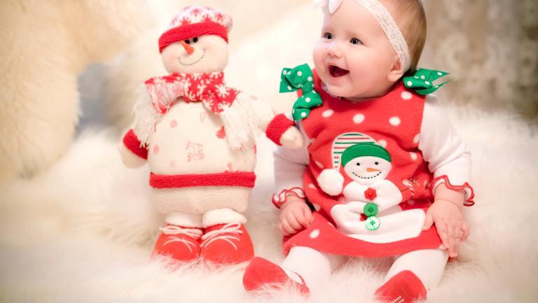 Foto: 13 bebeluși s-au născut în Capitală în noaptea dintre ani!