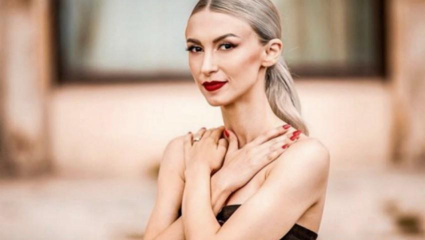 Foto: Andreea Balan a dezvăluit motivul pentru care și-a alăptat fetița doar o lună