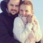 Foto: Olga Manciu scrie versuri pentru piesele soțului său!