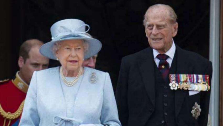 Foto: Prinţul Philip al Marii Britanii s-a răsturnat cu mașina. Două persoane au ajuns la spital în urma accidentului