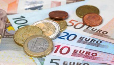 Unii moldoveni din Italia pot primi lunar 800 de euro. Cum pot obține aceşti bani