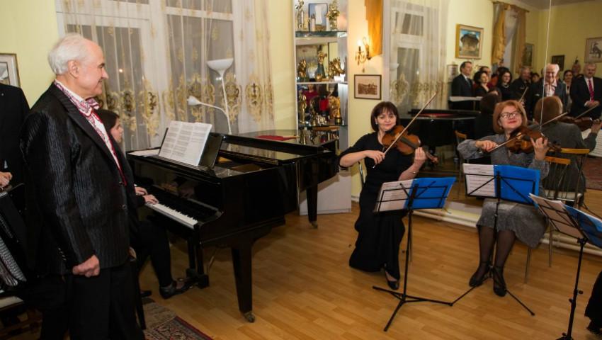 O serată de creație a avut loc în casa maestrului Eugen Doga. Foto!