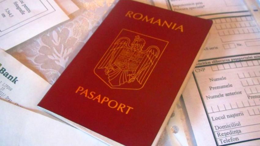 Foto: Se schimbă pașapoartele românești! Cum vor arăta noile documente și ce vor conține