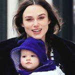"""Foto: Keira Knightley, dezvăluiri sincere despre rolul de a fi mamă: ,,Mi se pare incredibil de greu, trebuie să recunosc asta"""""""
