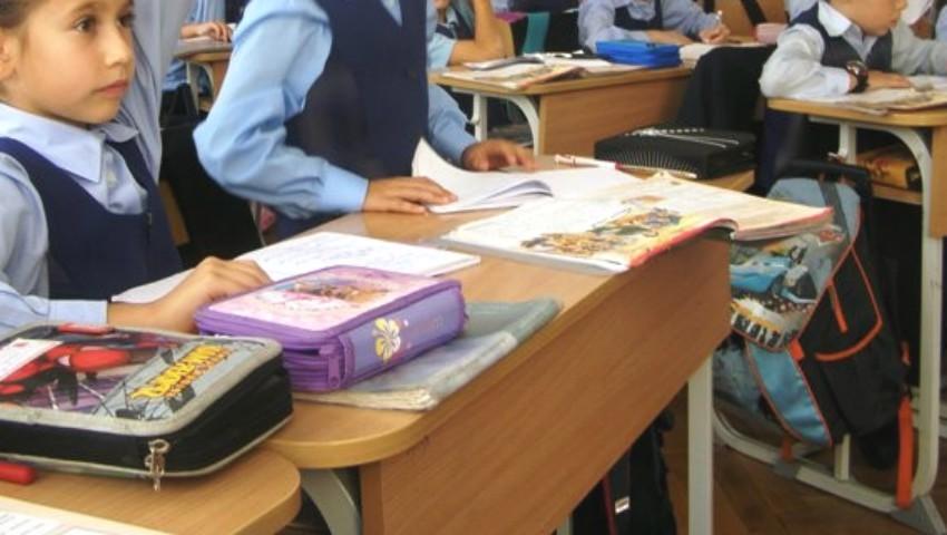 Foto: Agende electronice pentru elevii moldoveni, începând cu 1 septembrie 2019