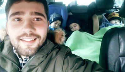 """Vloggerul Ion Andronache face dezvăluiri sincere: ,,De aproape jumătate de an stau acasă cu 3 copii"""""""